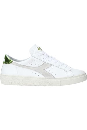 Diadora Donna Sneakers - CALZATURE - Sneakers & Tennis shoes basse