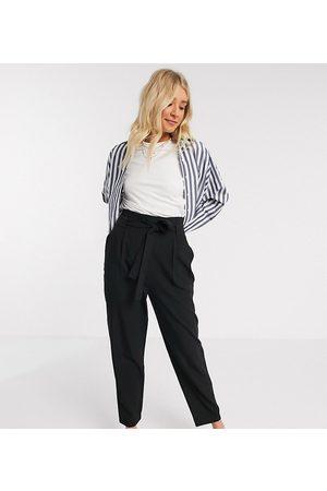 ASOS ASOS DESIGN Tall - Pantaloni alla caviglia sartoriali affusolati con cintura