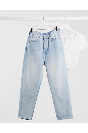 Weekday Meg - Mom jeans in cotone organico morning blue