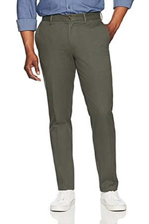 Amazon Essentials Slim-Fit Wrinkle-Resistant Flat-Front Chino Pant Pantaloni Casual, Olive, 42W / 29L