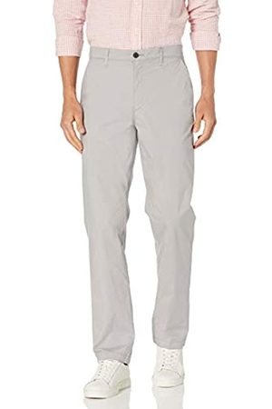 Amazon Regular-Fit Lightweight Stretch Pant Pants, Chiaro, 42W x 30L