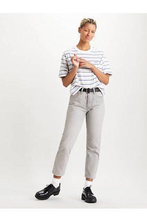 Levi's 501® Crop Jeans / Opposites Attract