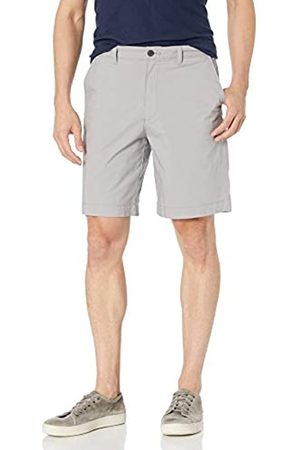 "Amazon Regular-Fit Lightweight Stretch 9"" Short Shorts, Chiaro, 38"