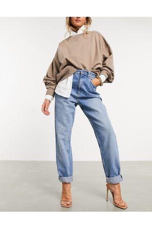 ASOS Mom jeans vita alta larghi lavaggio medio