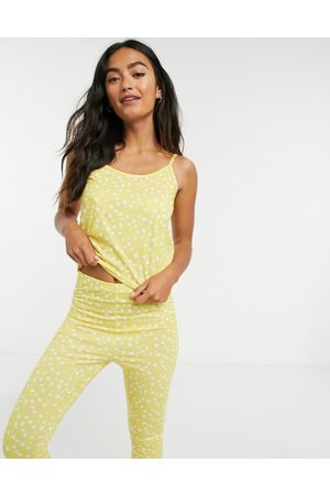 In The Style X Jac Jossa - Set da notte con canottiera e pantaloni a pois sfumati giallo multi