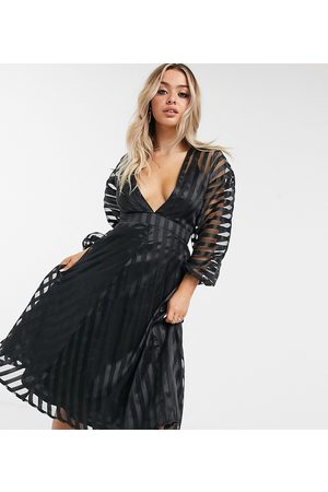 Missguided Vestito midi in organza