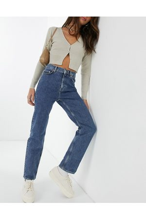 & OTHER STORIES Favourite - Jeans corti slim a gamba dritta in cotone organico intenso