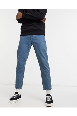 ASOS Classic - Jeans rigidi lavaggio medio sovratinto