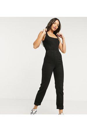 ASOS ASOS DESIGN Tall - Tuta jumpsuit di jeans attillata con scollo squadrato slavato