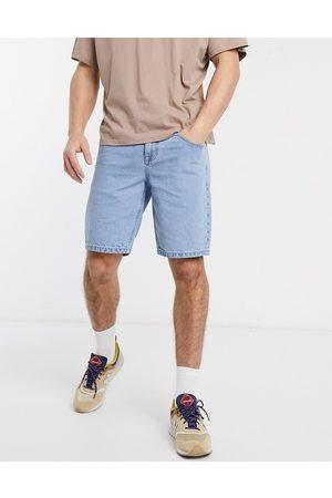 ASOS Pantaloncini di jeans slim lavaggio chiaro