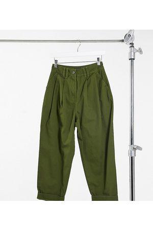 ASOS ASOS DESIGN Petite - Pantaloni cocoon con pinces frontali color kaki