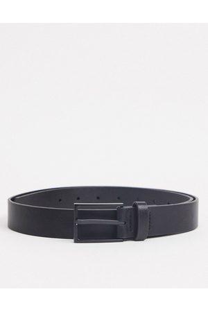 ASOS Cintura slim in pelle sintetica nera con fibbia opaco