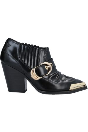 VERSACE Donna Stivaletti - CALZATURE - Ankle boots