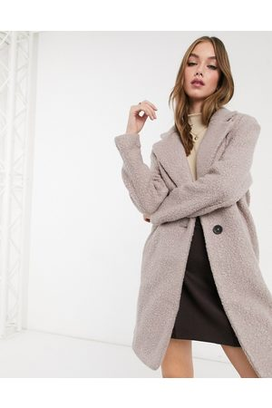 New Look Cappotto teddy sartoriale in bouclé color visone