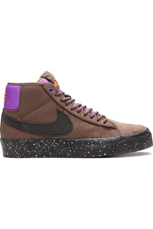 Nike Sneakers SB Zoom Blazer Mid