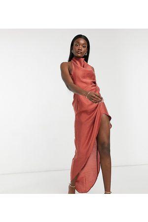 ASOS ASOS DESIGN Tall - Vestito lungo con scollo ad anello aperto dietro in crêpe testurizzato color ruggine