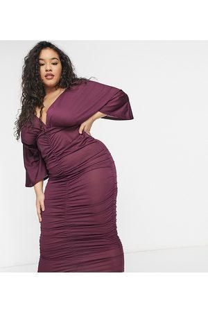 ASOS Donna Vestiti longuette - ASOS DESIGN Curve - Vestito midi arricciato con maniche stile kimono color prugna