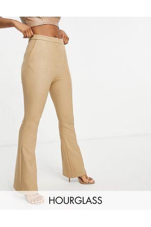 ASOS Hourglass - Pantaloni a zampa slim color cammello con cuciture a vista