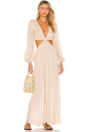 Indah Julie Solid Ruched Bodice Cutaway Maxi Dress in - Beige. Size M (also in XS).