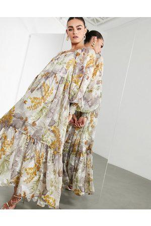 ASOS Vestito lungo oversize in raso a fiori effetto dévoré con scollo quadrato