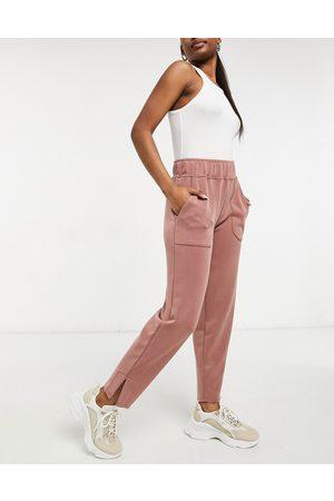 Y.A.S Pantaloni in felpa color cammello con spacchi laterali in coordinato