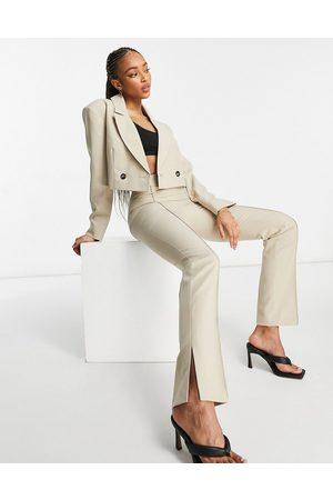 ASOS DESIGN Mansy - Pantaloni skinny da abito cammello con spacchi sui lati