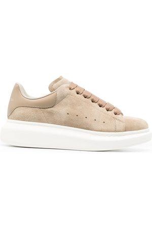 Alexander McQueen Donna Sneakers - Sneakers oversize - Toni neutri