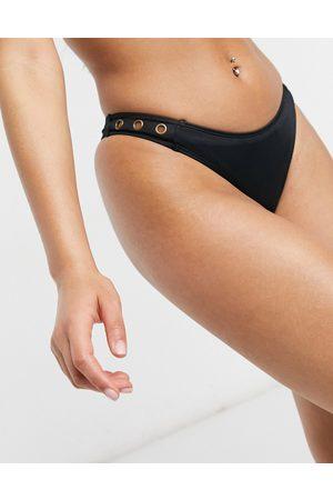 Dorina Nakura - Slip bikini sgambato colore