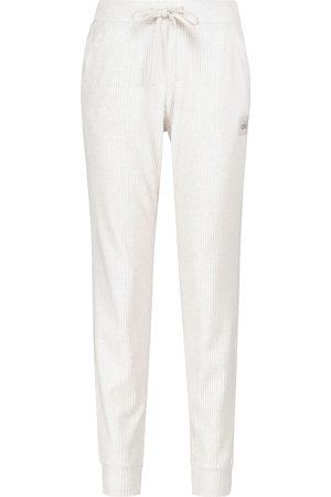 alo Donna T-shirt sportive - Pantaloni sportivi Muse in maglia a costine