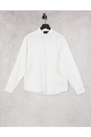 ASOS Camicia in lino bianca con vestibilità comoda e colletto con bottoni