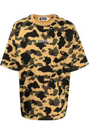 A Bathing Ape Polo con stampa camouflage