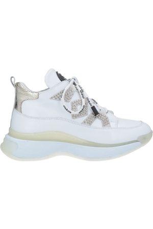 NILA & NILA Donna Sneakers - CALZATURE - Sneakers & Tennis shoes basse