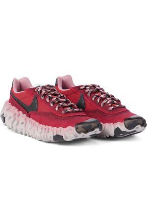 Nike Sneakers Overbreak con suede