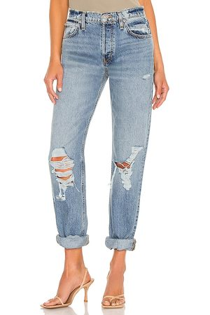 Hudson Jeans Thalia Loose Fit Jean in - Blue. Size 26 (also in 23, 24, 25, 27, 28, 29, 30).