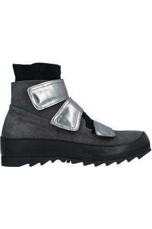 Ixos CALZATURE - Sneakers & Tennis shoes alte