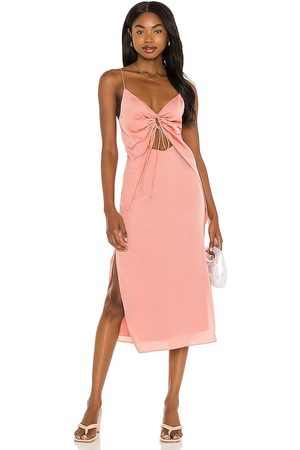 Song of Style Sela Midi Dress in - Coral. Size L (also in XS, S, M).