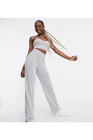 ASOS ASOS DESIGN Tall - Pantaloni in maglia con fondo ampio in coordinato