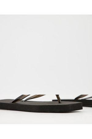 Truffle Collection Wide Fit - Confezione da 2 infradito a pianta larga con punta squadrata nere e beige