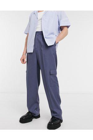 ASOS Pantaloni eleganti con fondo ampio gessati con tasche cargo- navy