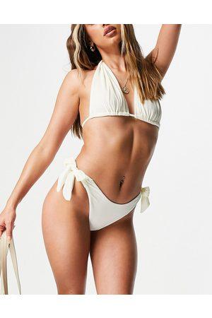 ASOS Slip bikini avorio in velluto con laccetti laterali