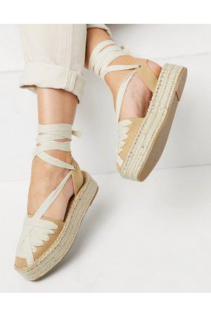 ASOS Junior - Espadrilles flatform color cuoio e crema allacciate alla caviglia-Neutro