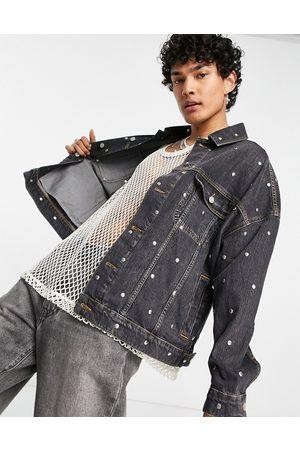 ASOS Giacca di jeans oversize con dettagli con borchie slavato