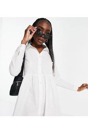 ASOS ASOS DESIGN Tall - Vestito camicia stile grembiule corto in cotone
