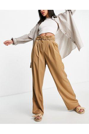 VILA Pantaloni da abito con fondo ampio, color cammello