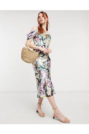 HOPE & IVY Vestito sottoveste con gonna al polpaccio e spalle scoperte in raso con stampa botanica mista