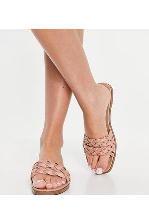 New Look Sandali bassi intrecciati color avena a pianta larga-Neutro