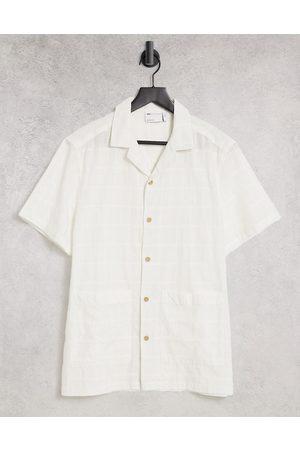 ASOS Camicia testurizzata con colletto rever e tasche naturale