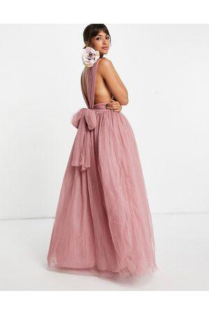 ASOS DESIGN Vestito lungo in tulle con scollo profondo e fiocco sul retro rosa