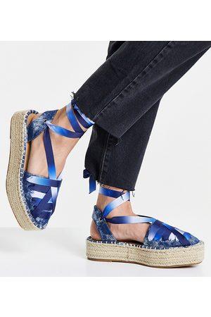 ASOS DESIGN Junior - Espadrilles flatform allacciate alla caviglia con pianta larga, colore denim