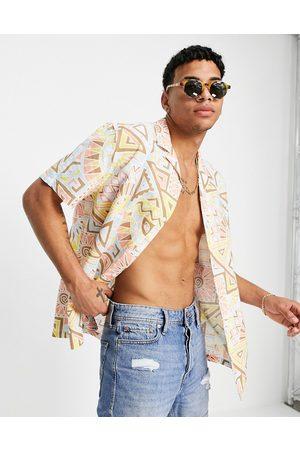 ASOS Camicia comoda in misto lino con rever e stampa azteca color pastello